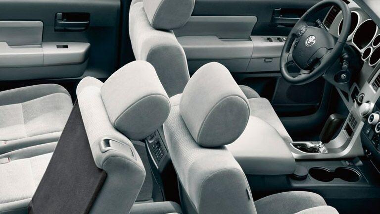 2015 Toyota Sequoia Interior technology Chicago