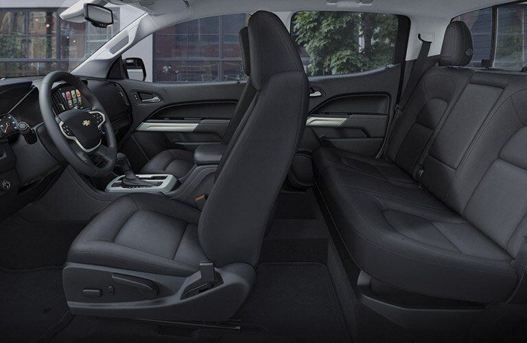 seating space in the 2017 chevy colorado