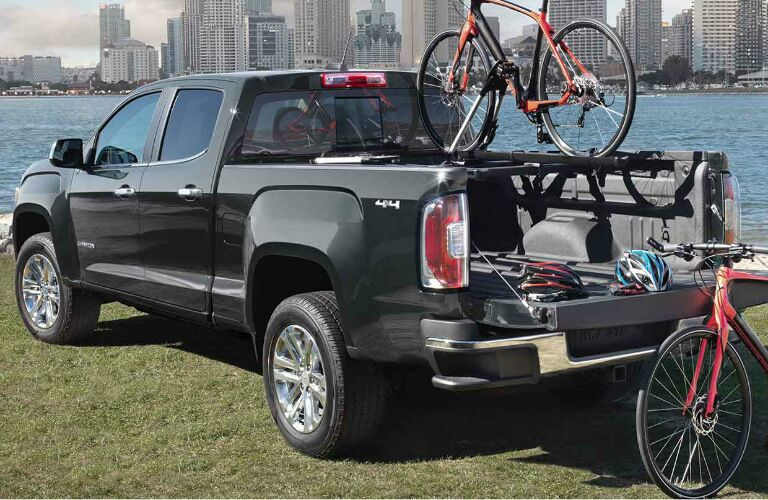 2017 gmc canyon carrying bikes