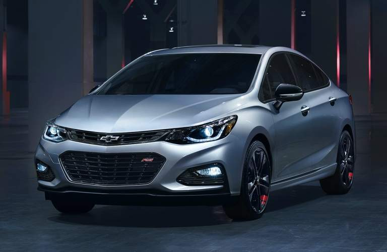 2018 Chevy Cruze silver side and front view