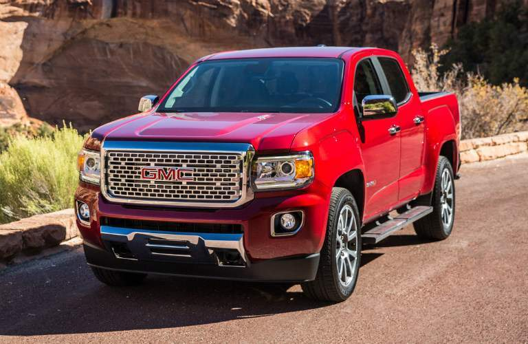 2018 GMC Canyon Denali red front view