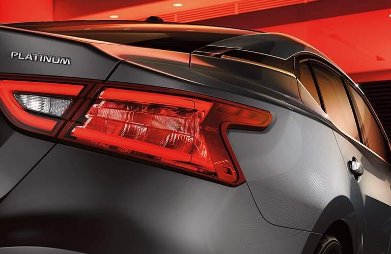 2017 nissan maxima platinum taillight