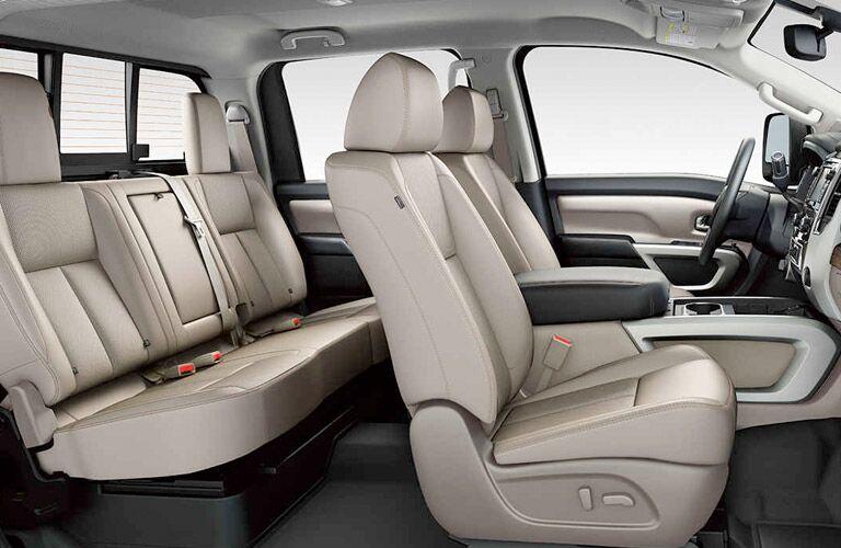 2017 nissan titan interior seats