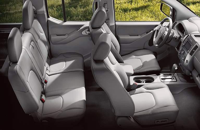 2018 Nissan Frontier crew cab interior room