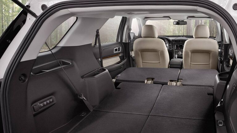 2015 Ford Explorer cargo space
