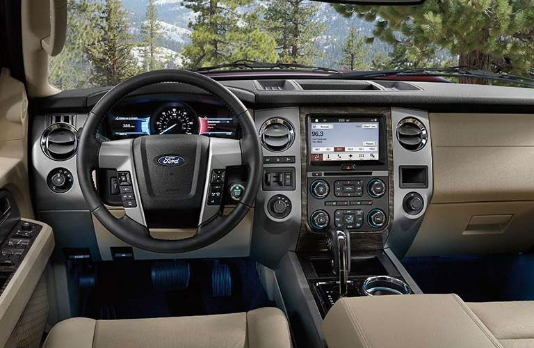 2016 Ford Expedition interior steering wheel dashboard