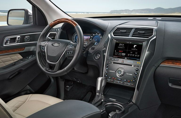 2016 Ford Explorer interior steering wheel and dashboard