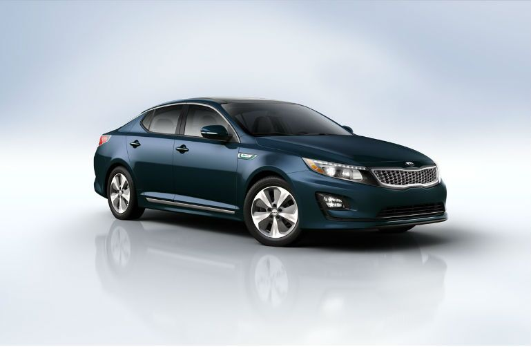 2015 Kia Optima Hybrid vs. 2015 Toyota Prius compact eco-friendly reduced emissions Friendly Kia New Port Richey Clearwater Spring Hill Trinity Tampa FL