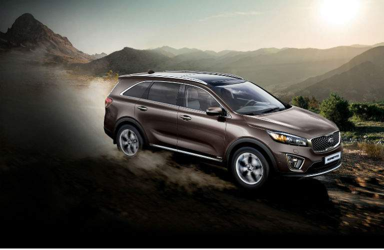 2018 sorento driving through desert