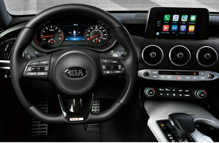 interior of 2019 kia stinger gt2