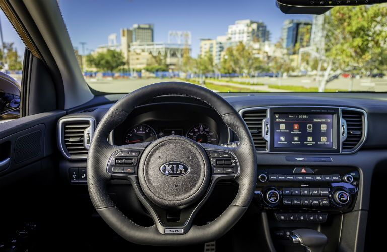 dashboard and steering wheel of 2019 kia sportage in tampa bay florida