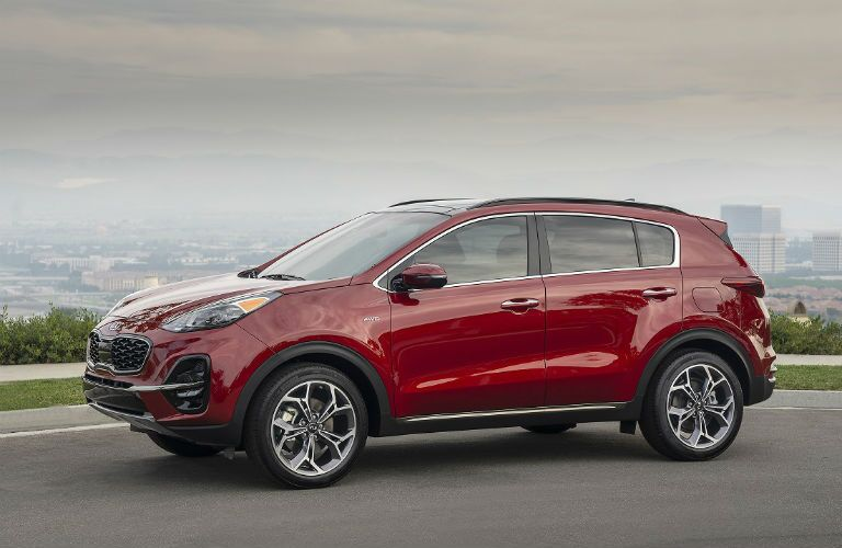 profile view of 2020 kia sportage