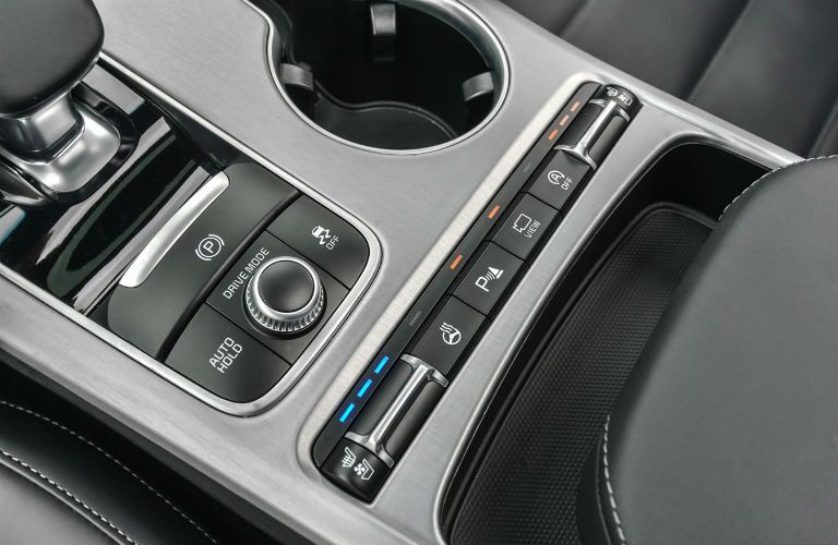 Center console in 2021 Kia Stinger