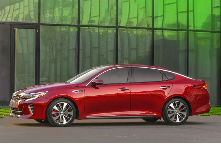 Kia Optima vs VW Passat midsize sedans