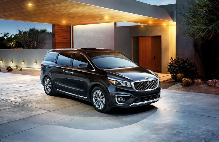 2016 Kia Sedona vs 2016 Nissan Quest minivans Clearwater FL Friendly Kia