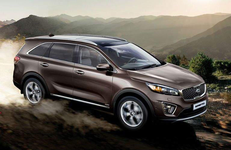2016 Kia Sorento vs. 2016 Hyundai Santa Fe vs. 2016 Toyota Highlander midsize SUV 290 HP cargo room off-road driving Friendly Kia of New Port Richey FL Tampa Spring Hill Clearwater Trinity