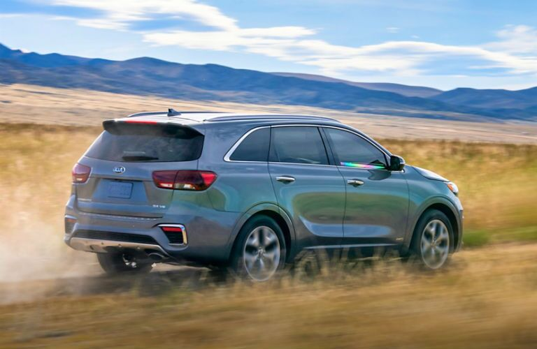 rear three quarter shot of 2020 kia sorento