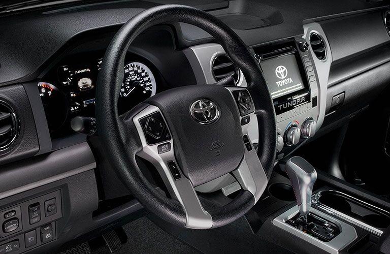 steering wheel design in 2018 Toyota Tundra
