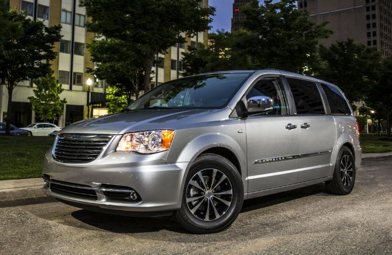 2014 Chrysler Town and Country model