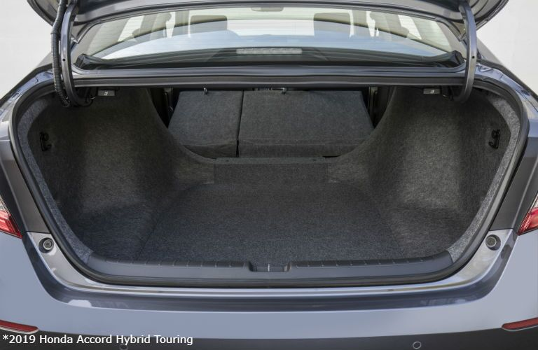 2019 Honda Accord Hybrid Touring trunk space