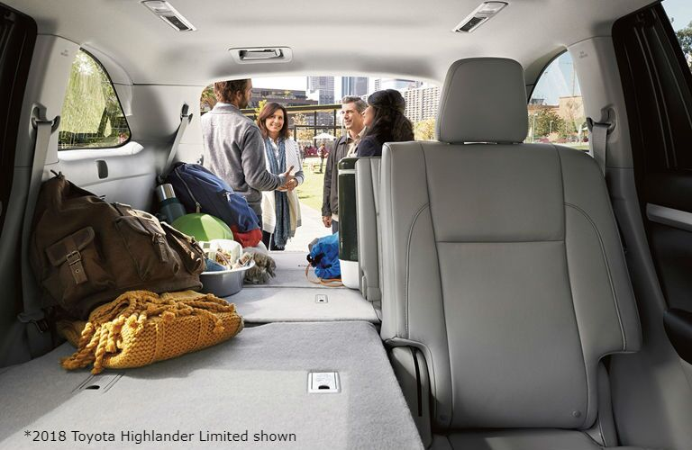 2018 Toyota Highlander flexible cargo space