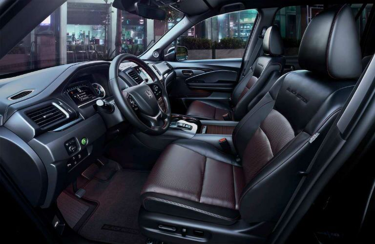 2021 Honda Pilot Interior Cabin Front Seating & Dashboard