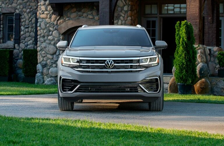 front view of 2020 Volkswagen Atlas Cross Sport