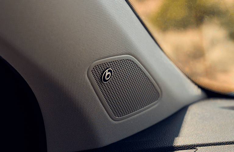 2022 Volkswagen Taos Beats audio system
