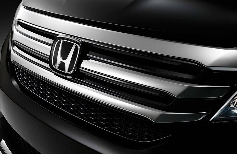 2016 Honda Pilot front grille