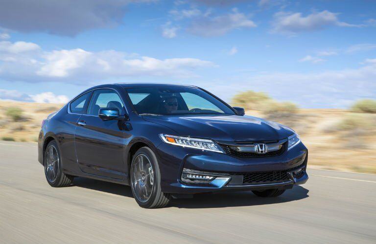 2017 Honda Accord Coupe side front view