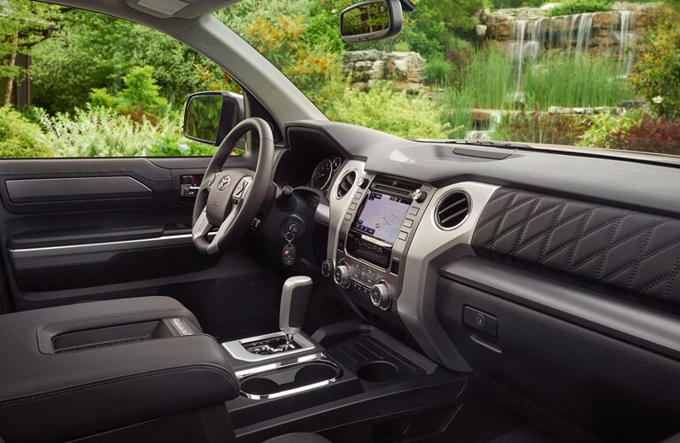 2016 Toyota Tundra  interior front driver's seat and infotainment system
