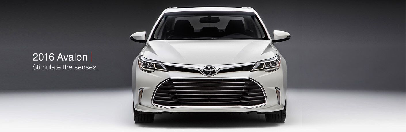 2016 Toyota Avalon in Chicagoland, IL exterior front white