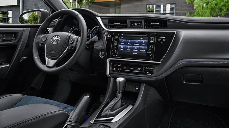 2019 Toyota Corolla infotainment and touch panel display