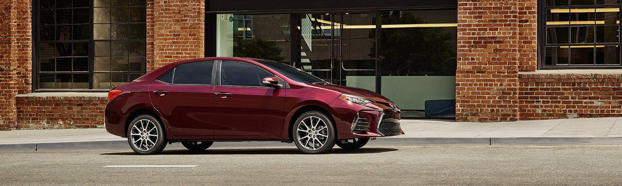 2017 Toyota Corolla vs. 2017 Ford Focus Exterior and Design in Tinley Park, IL