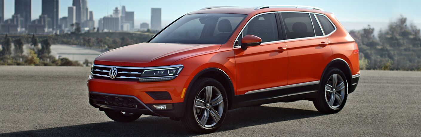 2018 Volkswagen Tiguan Front View of Red Exterior During the Daytime