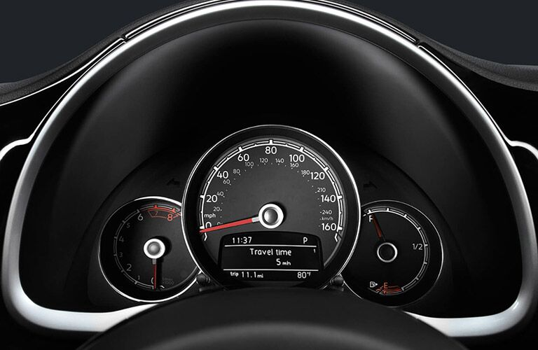 dashboard gauges of 2018 beetle