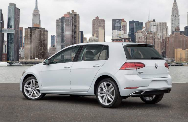 2018 Volkswagen Golf city background rear exterior shot