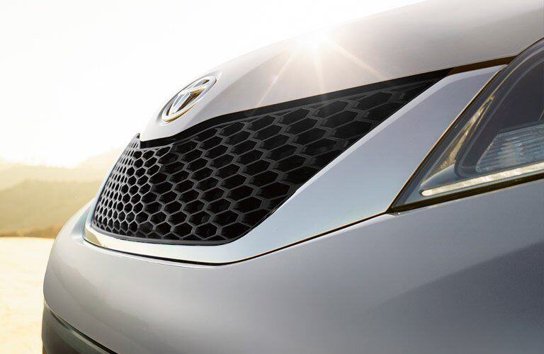2017 Toyota Sienna front grille closeup
