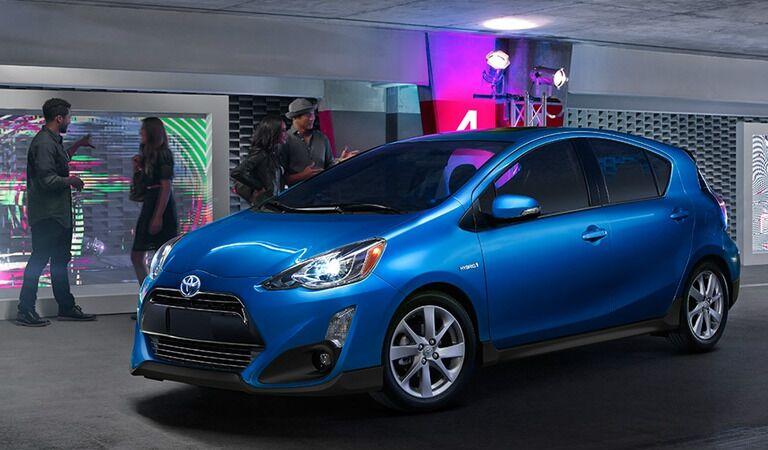 2017 Toyota Prius c exterior front side