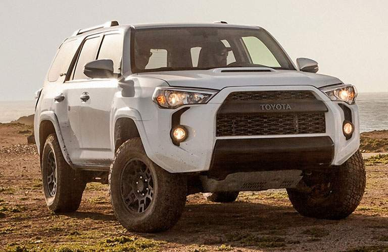 white 2018 Toyota 4Runner front side view