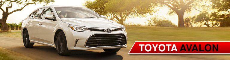 white 2017 Toyota Avalon front side exterior