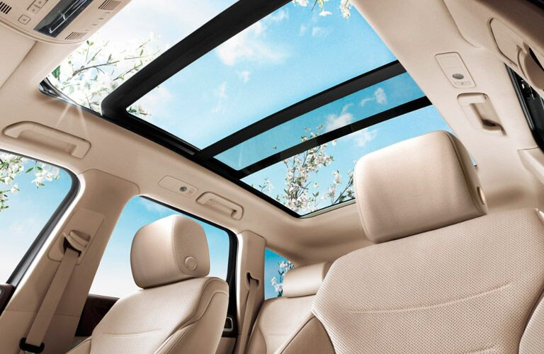 2017 VW Touareg panoramic sunroof