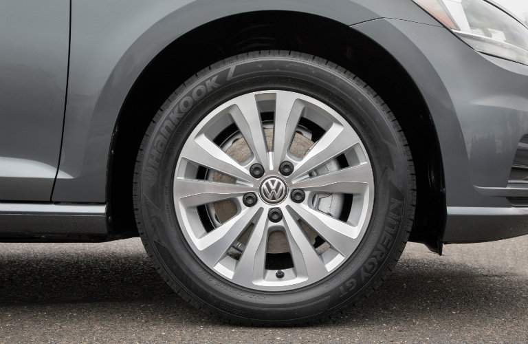 2018 Volkswagen Golf SportWagen closeup of front tire
