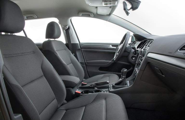2018 Volkswagen Golf SportWagen interior front seating