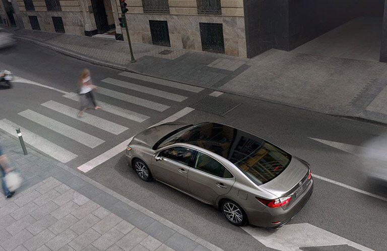 Used Lexus ES Exterior