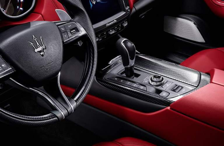 2018 maserati levante changes. perfect changes 2018 maserati levante center console and steering wheel for levante changes