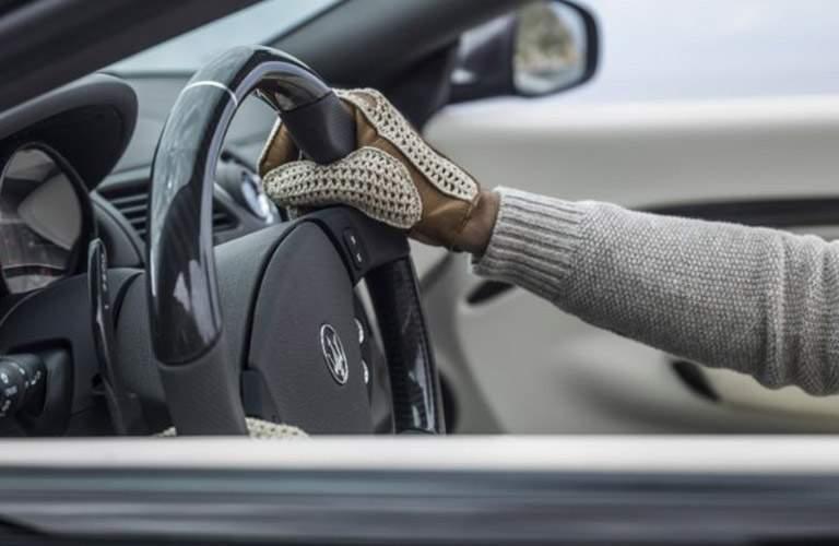 2018 maserati granturismo interior. fine granturismo hands on steering wheel of 2018 maserati granturismo convertible  to maserati granturismo interior e
