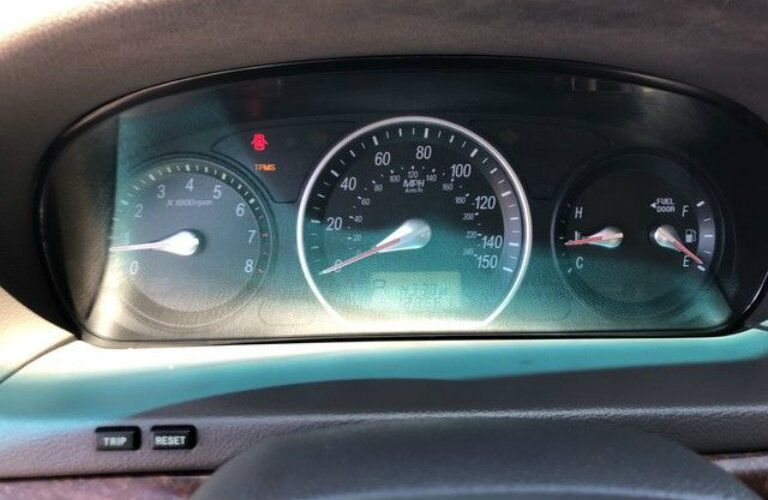 Driver-side instrument cluster of used Hyundai Sonata