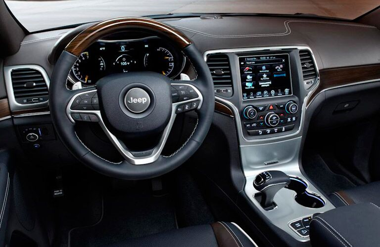2014 Jeep Grand Cherokee steering wheel