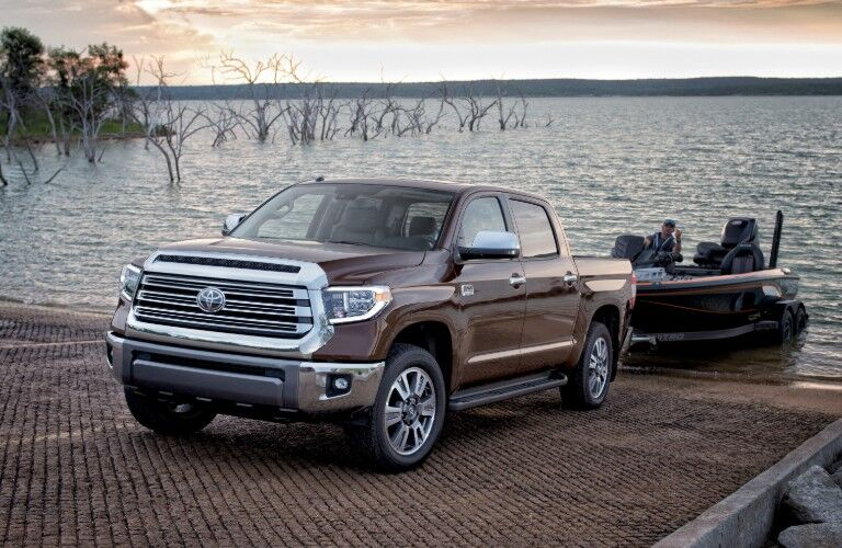 2019 Toyota Tundra towing boat from water